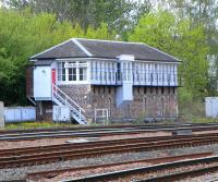 Stirling North signal box, May 2010. <br><br>[David Panton&nbsp;03/05/2010]