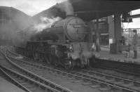 A1 Pacific no 60122 <I>Curlew</I> stands ready to take out a southbound train from Newcastle Central in the 1960s. Note the eye-catching buffers!<br><br>[K A Gray&nbsp;//]