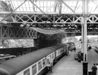 A Deltic awaits its departure time at Waverley at the head of a Kings Cross train in May 1972.<br><br>[John Furnevel&nbsp;22/05/1972]