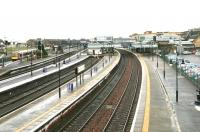 Panorama of Stirling station from the north in January 2005. On the left a terminated DMU service from Glasgow Queen Street is at platform 10 awaiting its return departure time. For the view from the same spot 28 years earlier [see image 4834]. <br><br>[John Furnevel&nbsp;12/01/2005]