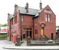 Now it's a pub. Coatbridge Central in May 2005.<br><br>[John Furnevel&nbsp;09/05/2005]