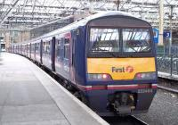 A North Berwick EMU formed by 322484 stands at Edinburgh Waverley on 26 July 2010.  <br><br>[Andrew Wilson&nbsp;26/07/2010]