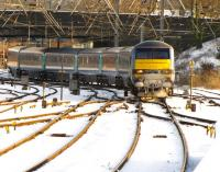 The 09.00 to Liverpool Street leaves Norwich on time in the snows of 7 January 2010<br><br>[Ian Dinmore&nbsp;07/01/2010]