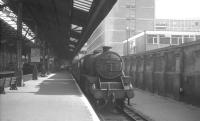 Black 5 no 44811 at Marylebone on what is thought to be a semi-fast for Nottingham in August 1966, (probably the 12th). The following month saw closure of the Great Central Railway London extension between Aylesbury and Rugby.<br><br>[K A Gray&nbsp;12/08/1966]