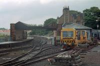 A view looking west to Dunbar in 1988 before electrification and removal of the overall roof.<br><br>[Ewan Crawford&nbsp;//1988]