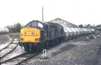 37 272 on the curve at Liskeard in July 1985 with a train of clayhoods from Moorswater. <br><br>[Ian Dinmore&nbsp;/07/1985]