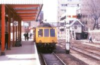A DMU for Doncaster prepares to depart from Lincoln in July 1986.<br><br>[Ian Dinmore&nbsp;/07/1986]