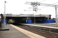 Work underway at Paisley Gilmour Street in May 2011 in connection with the construction of a new fully-glazed overall roof at the station.<br><br>[Graham Morgan&nbsp;11/05/2011]
