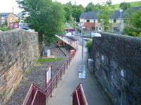 Access to the 1990 terminus at Paisley Canal from Causeyside Street road bridge. The former through route ran below the camera to the G&SW station on the west side of the bridge [see image 34728].<br><br>[Veronica Clibbery&nbsp;01/07/2011]