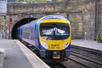 First Transpennine 185 107 plunges into Haymarket South Tunnel with a service from Manchester Airport to Edinburgh Waverley on 9 August.<br> <br><br>[Bill Roberton&nbsp;09/08/2011]