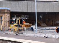 Closure of Perth platform 4 on 27 August 2011 while repair and refurbishment work is carried out.<br> <br><br>[Brian Forbes&nbsp;27/08/2011]