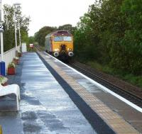 Polmadie 'Thunderbird' 57302 <I>Virgil Tracy</I> runs through Kilmaurs on 8 September.<br><br>[Ken Browne&nbsp;08/09/2011]