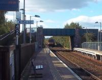 A Fife Circle train crosses over to Platform 1 prior to running into Glenrothes with Thornton station on 14 September where it will form the 14.48 for Newcraighall.<br><br>[Andrew Wilson&nbsp;14/09/2011]