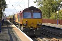 66059 and 66193 with an engineer's train at Kingsknowe station on 25 September 2011.<br> <br><br>[Bill Roberton&nbsp;25/09/2011]