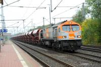 A heavy HVLE freight passing Bad Bentheim, Germany, on 30 September 2009 heading west towards the Dutch border.<br><br>[Brian Taylor 30/09/2011]