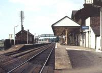 Platform view looking north west from the barrow crossing at Annan station in 1978.<br><br>[Ian Dinmore&nbsp;//1978]