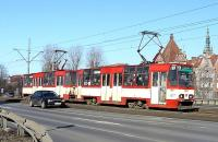 A well-patronised tram heading out of Gdansk city centre on 10 March 2010.<br><br>[Colin Miller&nbsp;10/03/2010]