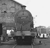 Midland 4F 0-6-0 43924 in the yard at Haworth in March 1976, carrying a 55F Manningham shed plate. [See image 37315 for the same scene thirty six years later.] <br><br>[Bill Jamieson&nbsp;28/03/1976]