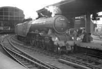 <I>'Strange, I suddenly feel hungry...' </I> A group of young enthusiasts looks on as the 9.30am Glasgow Queen Street - London Kings Cross prepares to leave Newcastle Central on 23 June 1962. Locomotive in charge is A3 Pacific no 60039 <I>'Sandwich'</I>.   <br><br>[K A Gray&nbsp;23/06/1962]