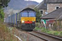 DRS 66301 leads the 4D47 Inverness - Mossend Tesco train through Pitlochry on 13 April.<br><br>[Bill Roberton&nbsp;13/04/2012]