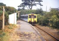 A DMU at Roche on the Newquay branch in August 1995<br><br>[Ian Dinmore&nbsp;/08/1995]