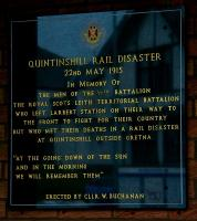 Plaque at Larbert station commemorating those who left on the troop train for Liverpool docks bound for Gallipoli in the early hours of 22nd May 1915 only to perish later that morning at Quintinshill. [See image 4099]  <br><br>[John Furnevel&nbsp;25/05/2005]