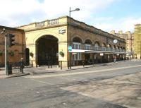 The main entrance to York station in March 2010.<br><br>[John Furnevel&nbsp;21/03/2010]