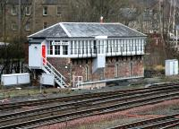 Stirling North signal box seen looking north west from Shore Road overbridge in January 2005.<br><br>[John Furnevel&nbsp;22/01/2005]