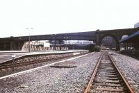 Looking back towards the station concourse at Bradford Forster Square in 1988. [See image 40431]<br><br>[Ian Dinmore&nbsp;//1988]