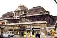 Just another three years to go... The neglected-looking frontage of Broad Street station in 1983.<br><br>[Ian Dinmore&nbsp;//1983]