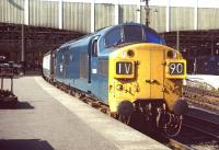 Immaculate EE Type 3 6806 is ready for departure from one of the east end bay platforms at Edinburgh Waverley on 12 September 1971. The train is ihe 11.15 Sunday service to Bristol Temple Meads.<br><br>[Bill Jamieson&nbsp;12/09/1971]