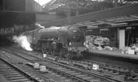 A2 Pacific 60514 <I>Chamossaire</I> and one or two parcels stand at Newcastle Central in the early sixties.<br><br>[K A Gray&nbsp;//]