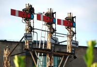Starter signals at the south end of Stirling station on 29 September 2013... rumoured to be gone in a weeks time...<br><br>[Bill Roberton&nbsp;29/09/2013]