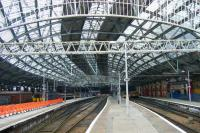 Looking back towards the station concourse, Liverpool Lime Street, September 2013.<br><br>[Veronica Clibbery&nbsp;25/09/2013]