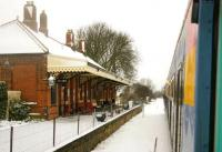 Calling at Gunton on the Norwich - Sheringham line following heavy snow in January 2006. <br><br>[Ian Dinmore&nbsp;/01/2006]