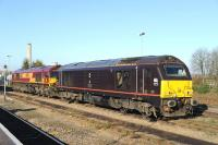 67005 <I>Queen's Messenger</I> and 66167 in the sidings alongside Didcot station on 22 November.<br><br>[Peter Todd 22/11/2013]
