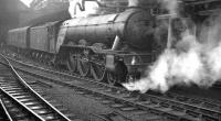 A3 Pacific 60051 <I>Blink Bonny</I> photographed at Newcastle Central with an unidentified train in 1961.<br><br>[K A Gray&nbsp;//1961]