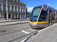 Luas tram 4009 calls at Dublin's Heuston Station on 23 March 2014.<br><br>[Bill Roberton&nbsp;23/03/2014]