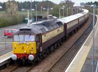 47832 passes the little-used platform 2 at Glenrothes with Thornton on 6 April with the <I>Northern Belle</I> returning from Dundee to Edinburgh. 47790 is on the rear of the train.<br><br>[Bill Roberton&nbsp;06/04/2014]