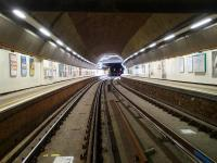 A deserted Wapping Station during line closure on 30 May for platform lengthening work.<br><br>[John Thorn&nbsp;30/05/2014]