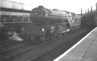 Gresley V2 2-6-2 no 60853 standing by, ready for duty, at Doncaster station in September 1962.<br><br>[K A Gray&nbsp;08/09/1962]