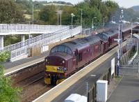 West Coast 37516 <I>Loch Laidon</I> and 37685 <I>Loch Arkaig</I> with <I>The Royal Scotsman</I> from Edinburgh to Ardgay, passing through Rosyth station on 22 September.<br><br>[Bill Roberton&nbsp;22/09/2014]