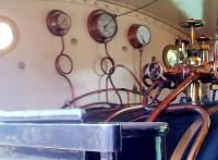 All right, I confess. I have never seen expansion loops in cab gauge lines before. A very sensible detail [see image 47767].<br><br>[Ken Strachan&nbsp;17/05/2014]