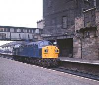 40135 heading towards Waverley light engine on 31 August 1981 through a distinctly run-down and neglected looking Haymarket station.<br><br>[Peter Todd&nbsp;31/08/1981]