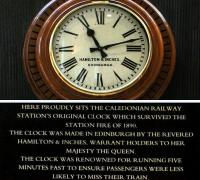 The original Princes Street station clock on display in the former concourse, now the Peacock Alley lounge area of the Caledonian (Waldorf Astoria) Hotel, with an explanatory plate below. Photographed on 1 November 2014, at seven and a half minutes past eleven.<br><br>[Colin McDonald&nbsp;01/11/2014]