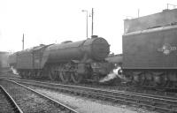 Locomotives around the coaling stage at Gateshead on 17 October 1964 include home based V2 2-6-2 no 60940.<br><br>[K A Gray&nbsp;17/10/1964]