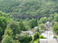 The viaduct at Pontrhydyfen that carried the Port Talbot Railway to Tonmawr. [See image 49927]<br><br>[John Thorn&nbsp;06/08/2002]