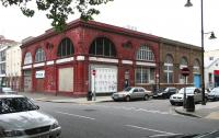 The disused Northern Line entrance and ticket hall on the corner of Drummond Street and Melton Street in 2005 - closed after the rebuilding of Euston station. <br><br>[John Furnevel&nbsp;20/07/2005]