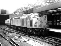D285 arriving at Newcastle with a train from Liverpool in September 1969.<br><br>[John Furnevel&nbsp;30/09/1969]