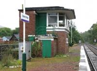 The out of use signal box on the up platform at Spean Bridge in September 2005.<br><br>[John Furnevel&nbsp;28/09/2005]